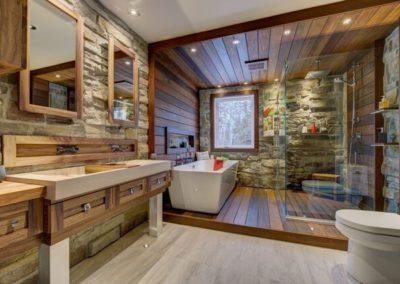 Inside ipe wood in bathroom